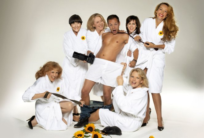 Jack Ryder and the 'Calendar Girls'