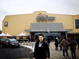 Outside J-Stage / Warner Bros Studio Tours!